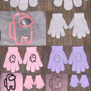 Girls Among Us Sus imposter 3pack gloves new